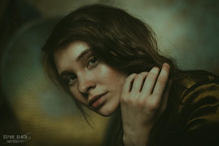 Sophie Black3