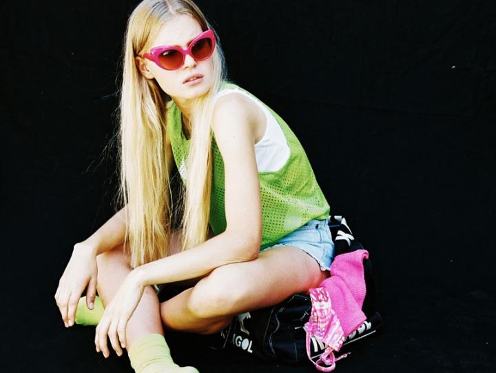 Caroline Mackintosh7